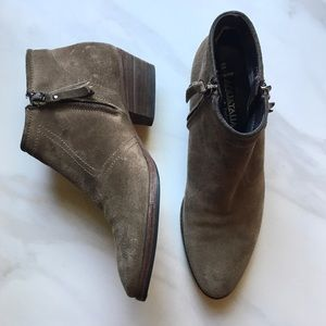 Aquatalia 6.5 Suede Tan Ankle Booties Italy $495
